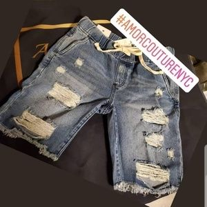 Pants - Distressed Short